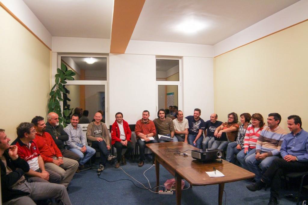 VOX MS Echipa de coordonare MS pe scaune